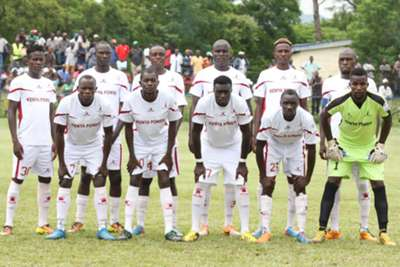 Western Stima players pose for a group photo before taking on Chemelil Sugar