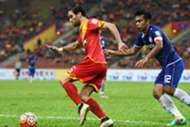 Selangor's Mauro Olivi (left) vying for the ball with Felda United's Shukor Adan in their teams' match 26/7/2016