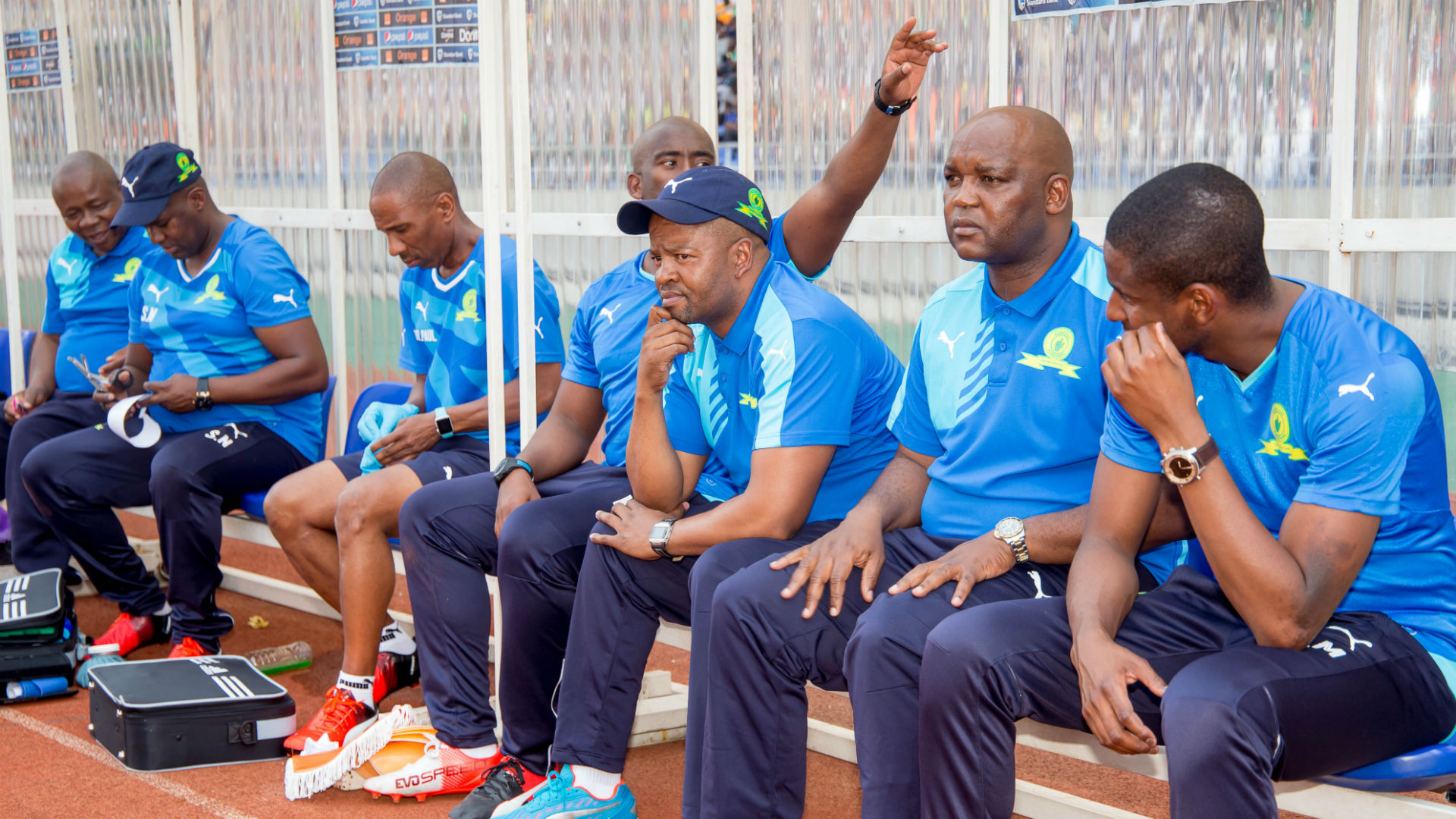 Mashego urges Mamelodi Sundowns to go for local coach as replacement for Mosimane
