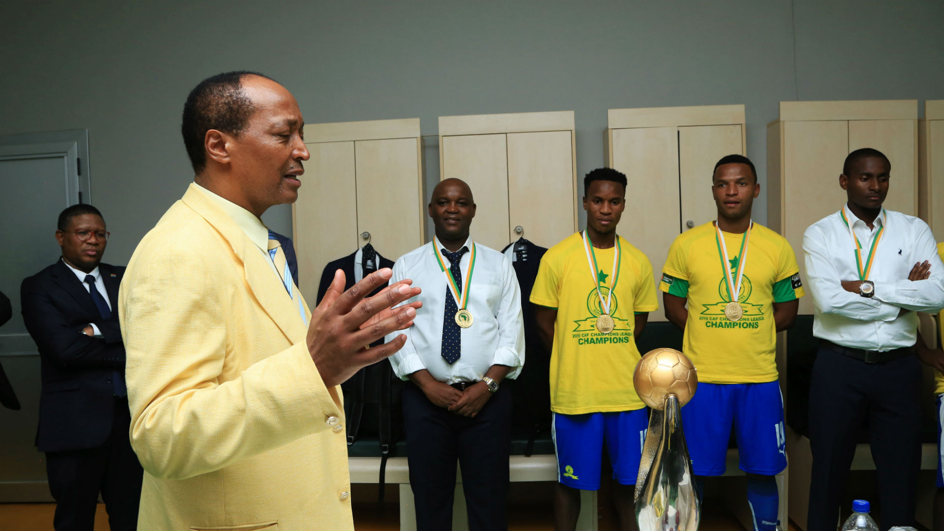 Mosimane: Mamelodi Sundowns address rumours regarding coach's contract