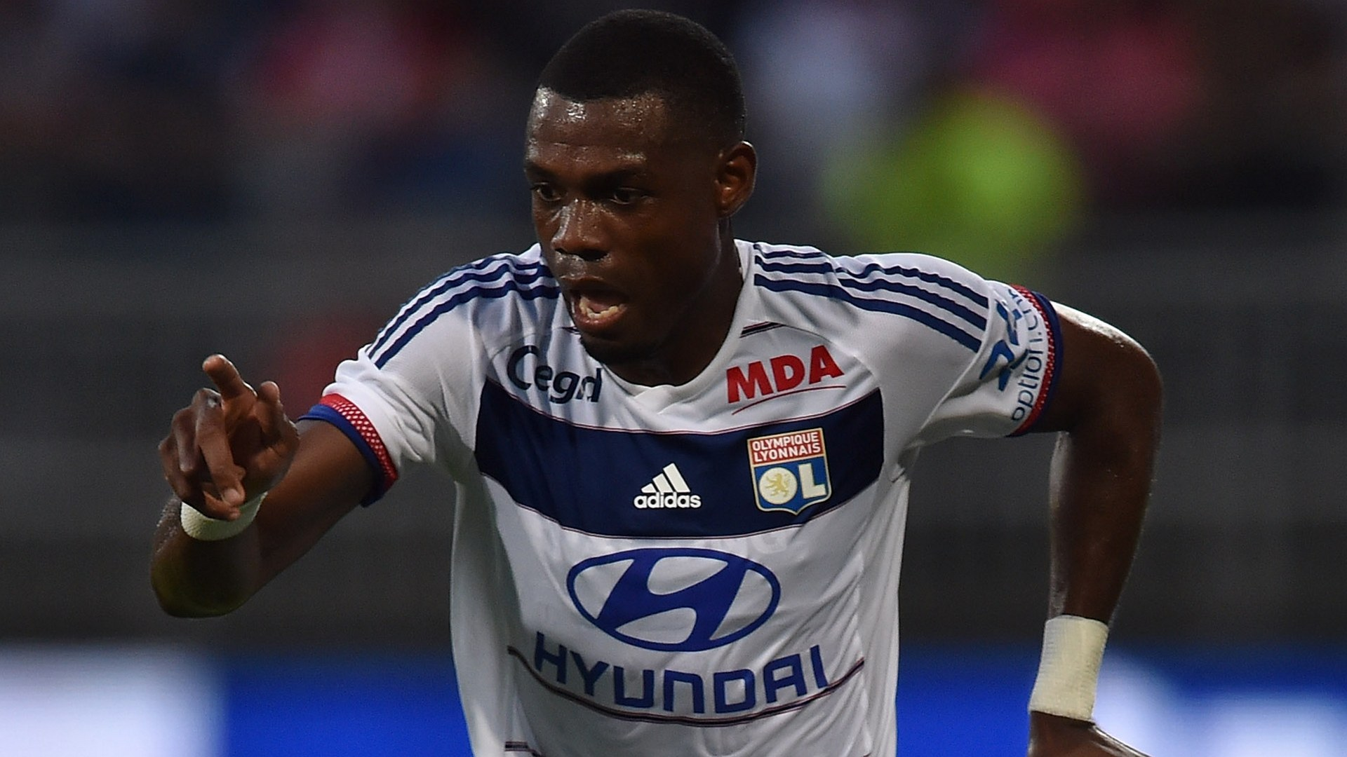 Bedimo: Former Lyon and Marseille defender quits football at age 36