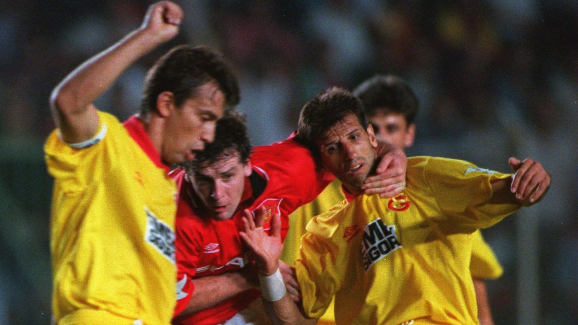 Bulent Korkmaz Mark Hughes Galatasaray Manhester United UCL 1994