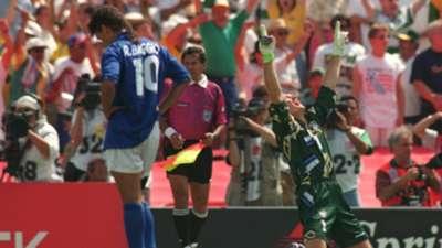 Claudio Taffarel Roberto Baggio 94 World Cup