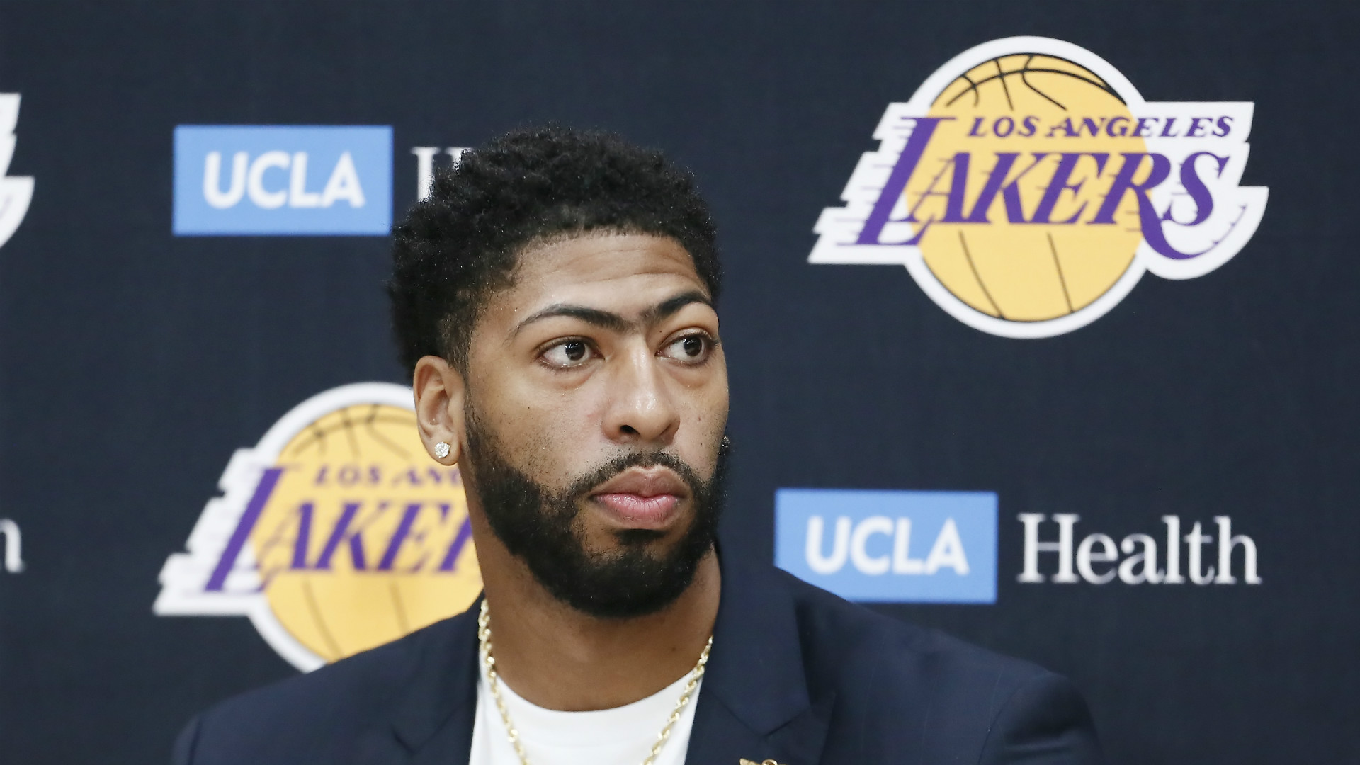 Los Angeles Lakers star Anthony Davis: Retiring without ...