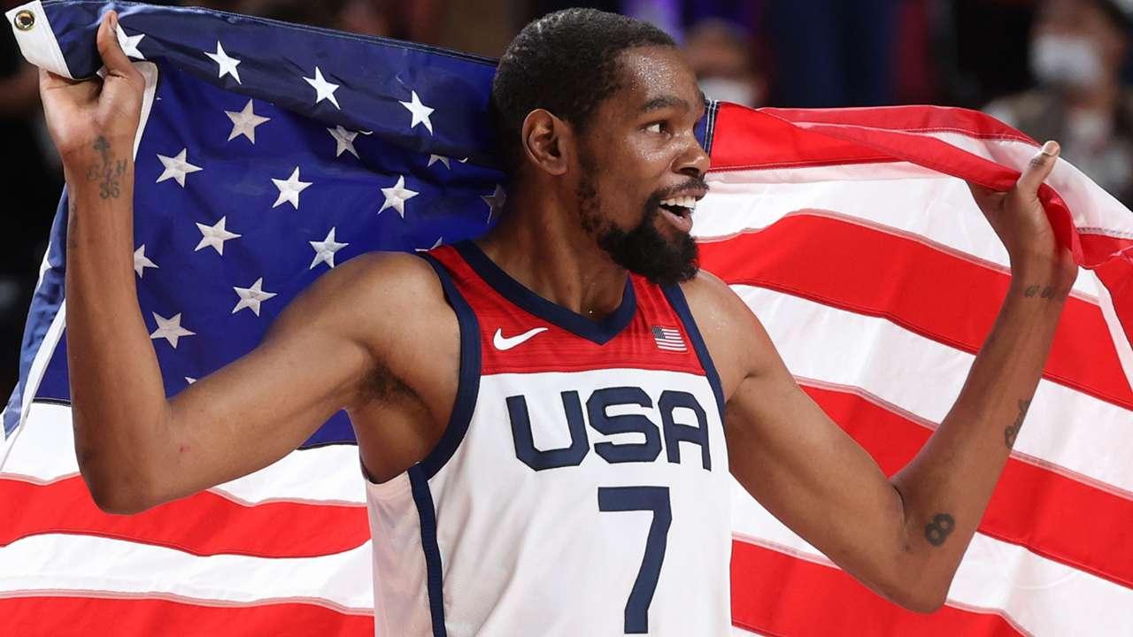 Keivn Durant celebrates Gold Medal victory at Tokyo Olympics