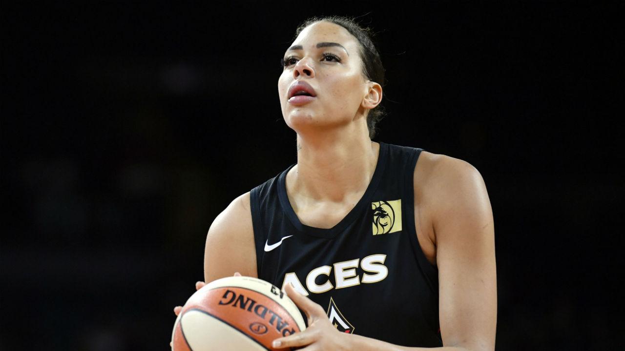 Las Vegas Aces star Liz Cambage expected to sit out 2020 WNBA ...