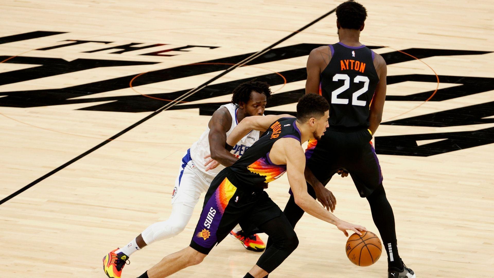 NBA Playoffs 2021: La evolución de Devin Booker como creador de juego y una mirada al pasado | NBA.com México | El sitio oficial de la NBA