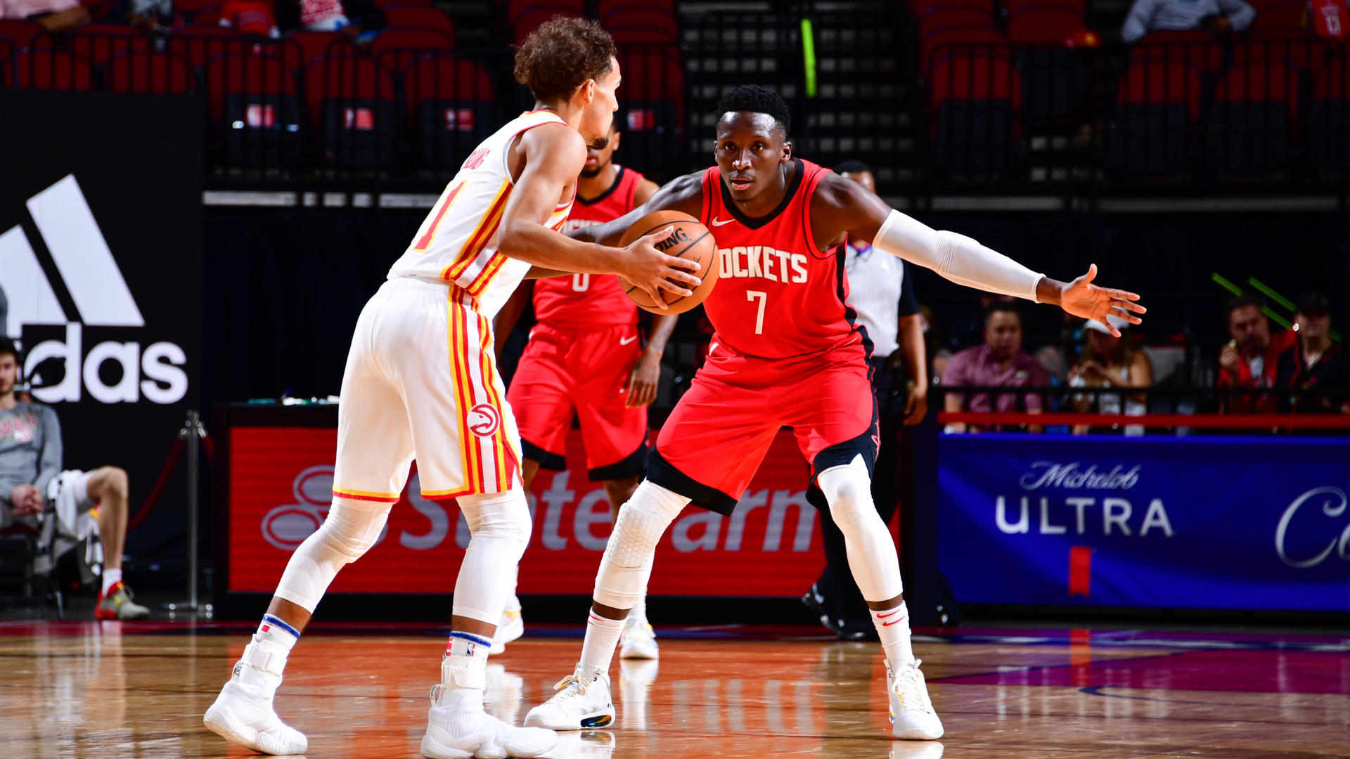 Trae Young Victor Oladipo
