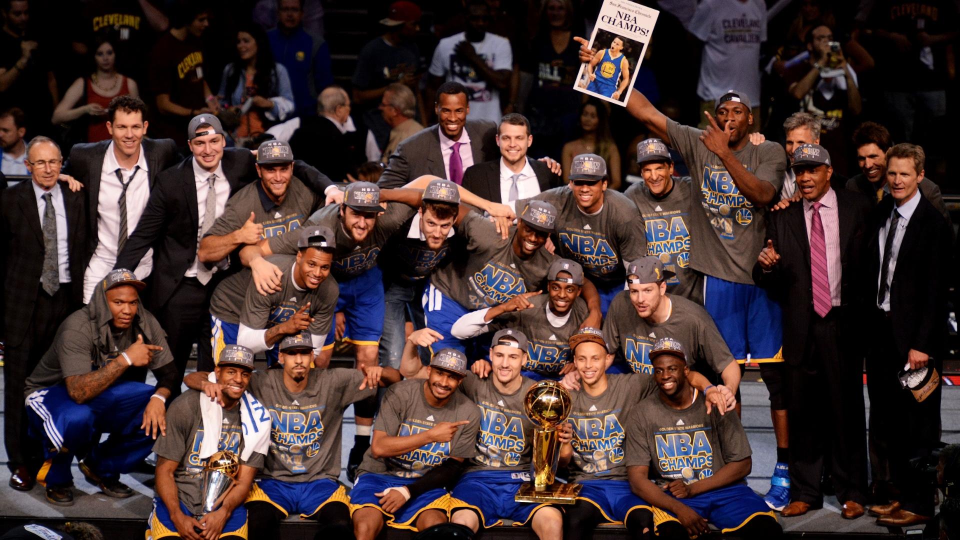 Golden State Warriors defeat Cleveland Cavaliers in 2015 Finals