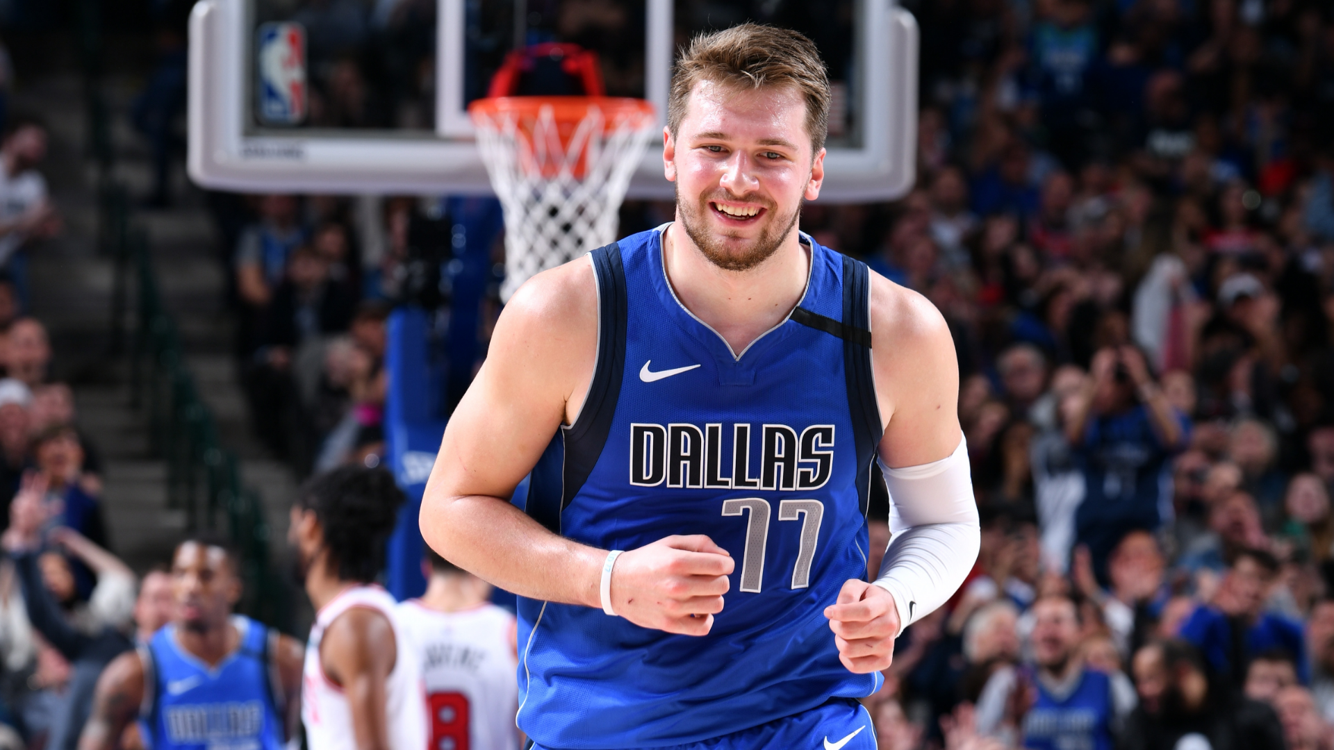 Luka Doncic Records 38 Point Triple Double Carries Porzingis Less Mavericks To Win Over The Chicago Bulls Nba Com Canada The Official Site Of The Nba