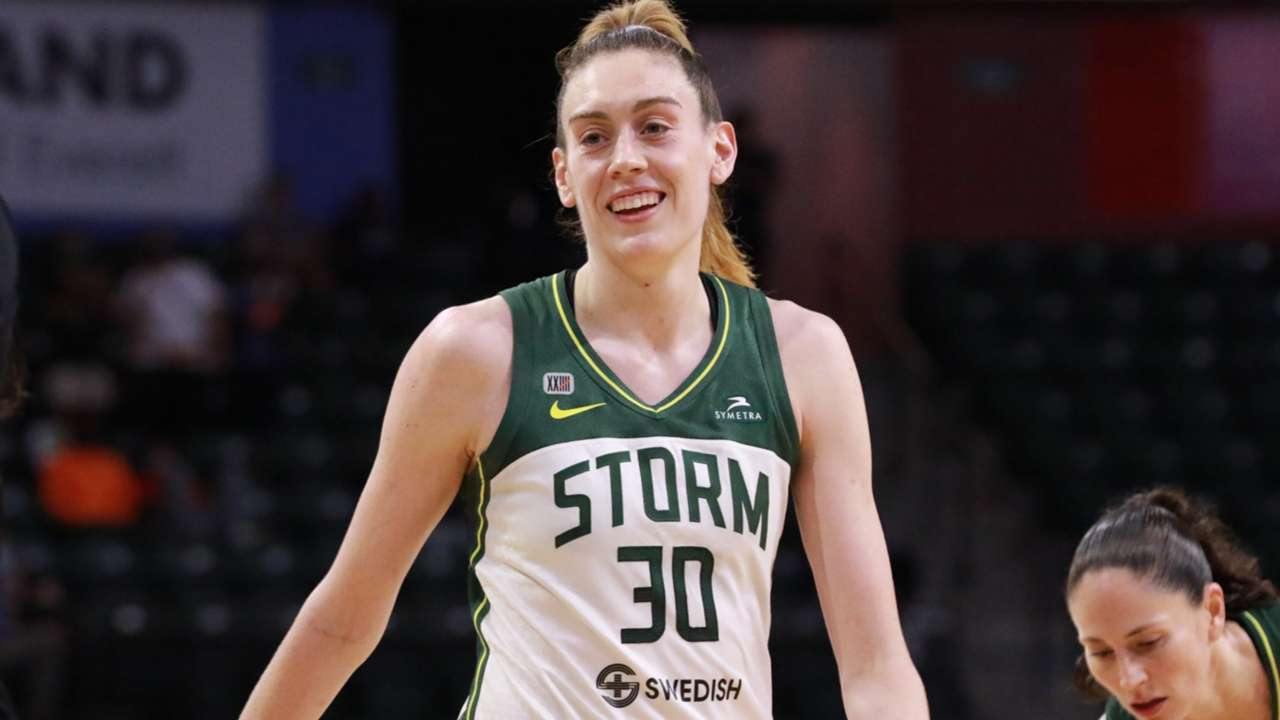 Breanna Stewart leads Seattle Storm to victory against the New York Liberty
