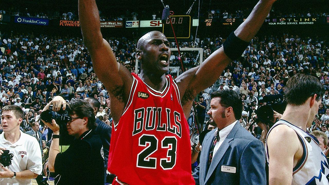#NBATogetherLive: Michael Jordan leads Chicago Bulls to ...