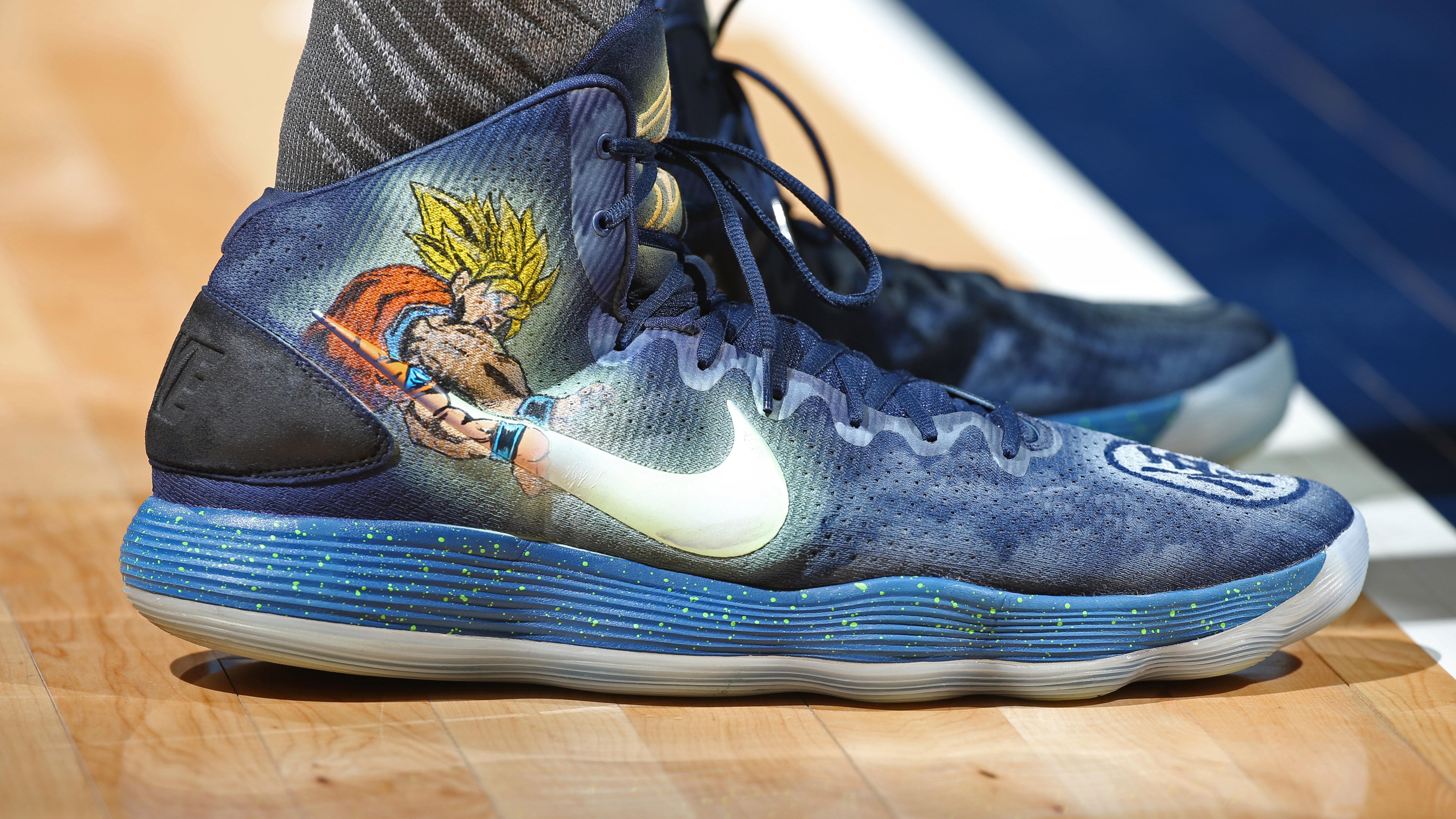 Abierto Reductor Reina  La NBA permite que los jugadores elijan los colores de sus zapatillas | NBA.com  España | El sitio oficial de la NBA