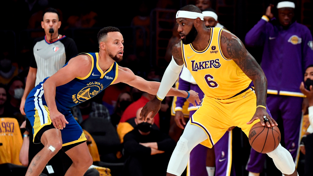 LeBron James (Los Angeles Lakers), Steph Curry (Golden State Warriors) square off on opening night