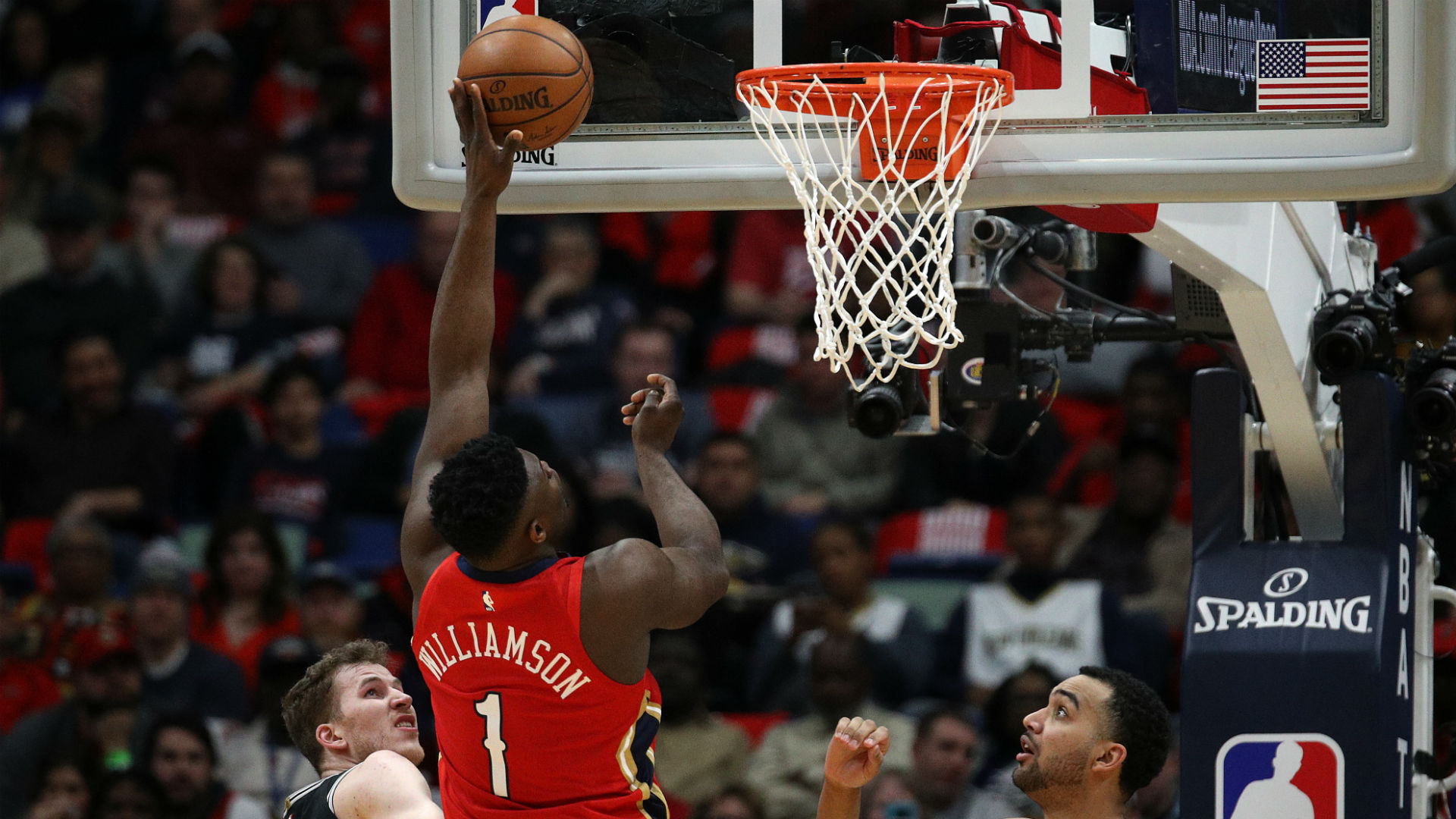 Zion Williamson Makes Nba Debut As New Orleans Pelicans Host San