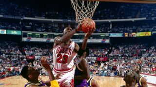 Michael Jordan's mid-air hand switch