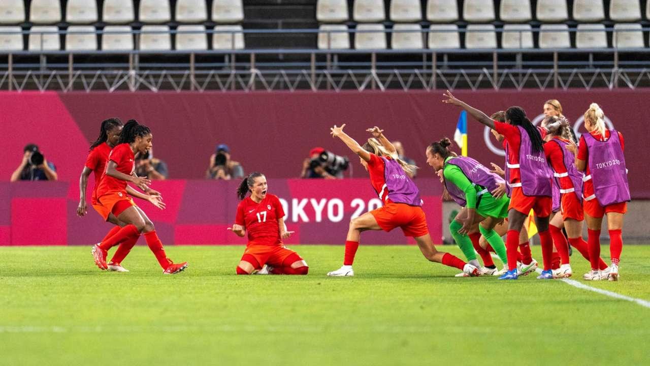 canada-womens-soccer-080421-getty-ftr.jpeg
