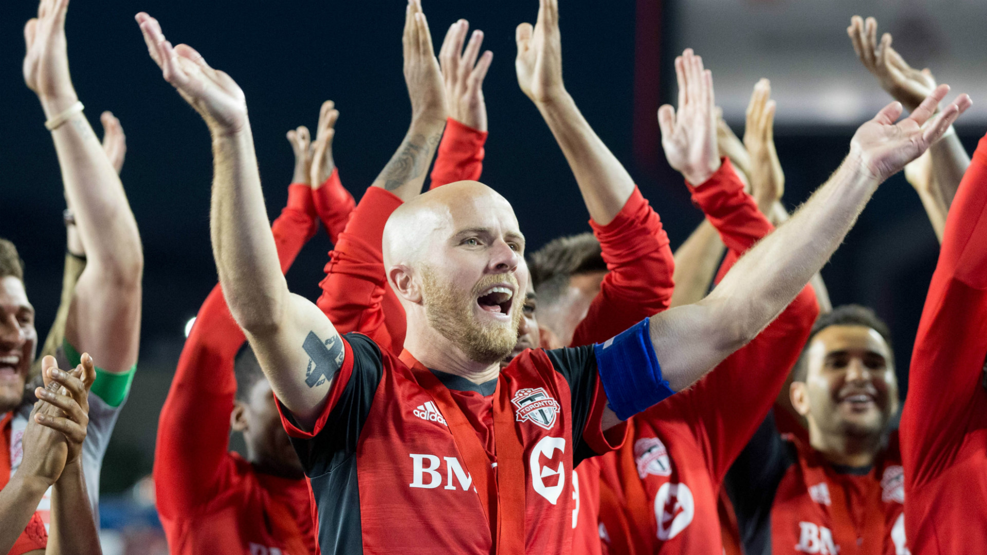 Toronto FC reportedly re-signs captain Michael Bradley