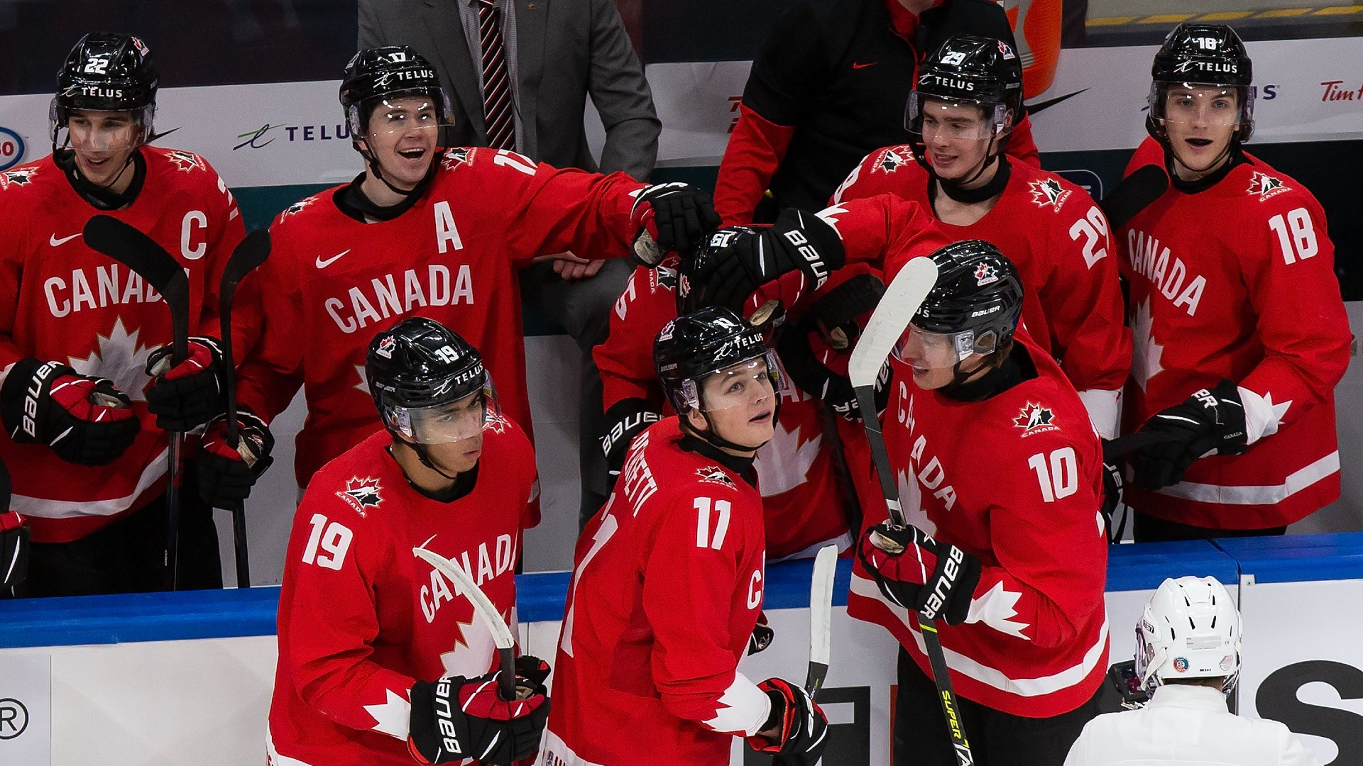 https://images.daznservices.com/di/library/Sporting_News_CA_CMS_image_storage/6e/63/canada-wjc-010421-getty-ftrjpeg_e5cvdugeizo11ptliwy665i91.jpg?t=-800453658&quality=100
