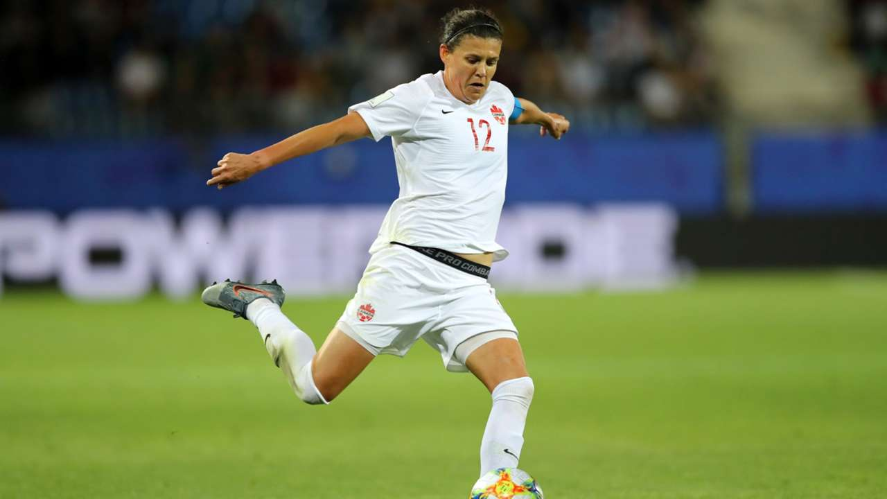 christine-sinclair-canada-012920-getty-ftr.jpeg