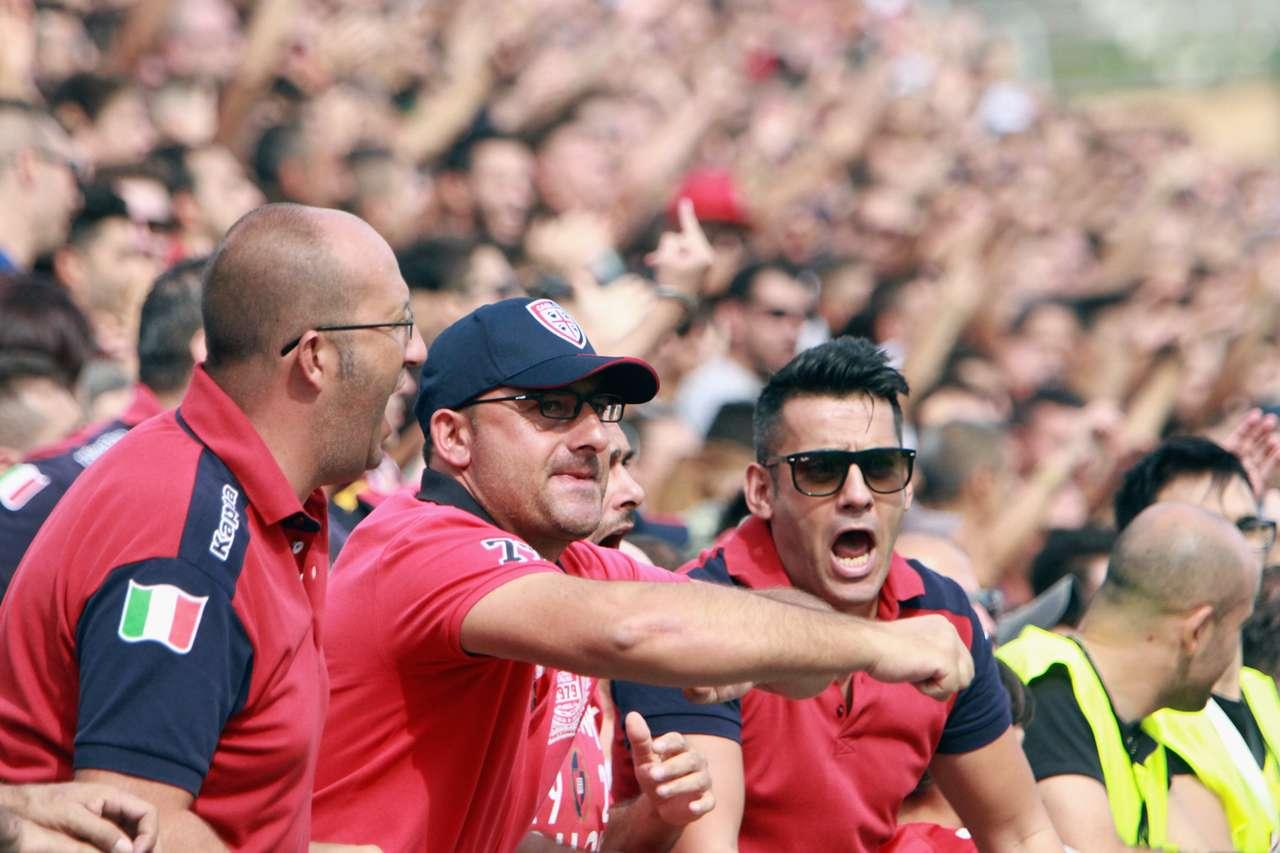 Cagliari fans Serie a