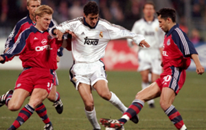 Real Madrid and Bayern Munich in 2000
