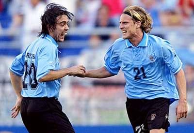 Diego Forlan Alvaro Recoba Uruguay Senegal 2002 FIFA World Cup