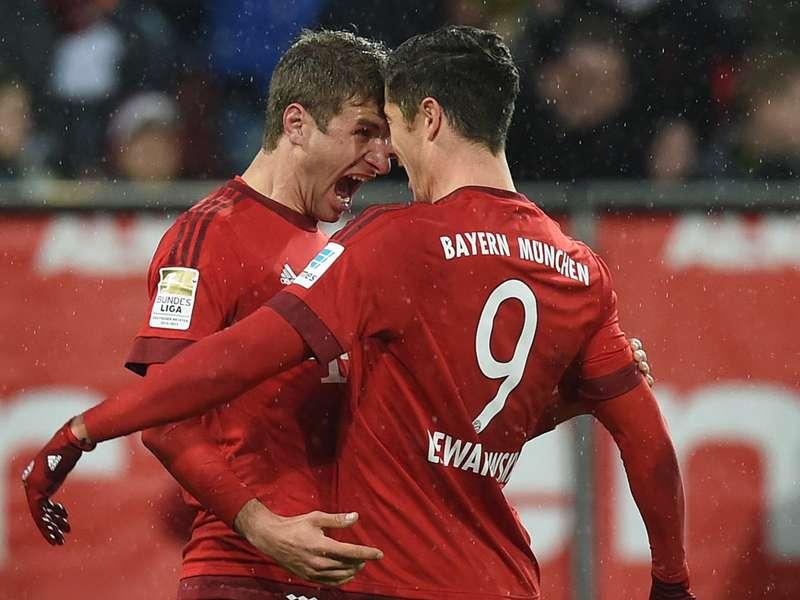 EKSKLUSIF: Kesepahaman Buta Robert Lewandowski & Thomas Muller | Goal.com
