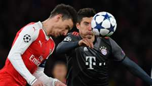 Laurent Koscielny Robert Lewandowski FC Arsenal FC Bayern München Champions League 030717