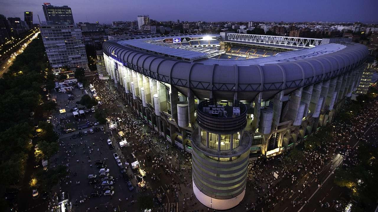 Estadio Santiago Bernabeu Real Madrid Stadion 29082015