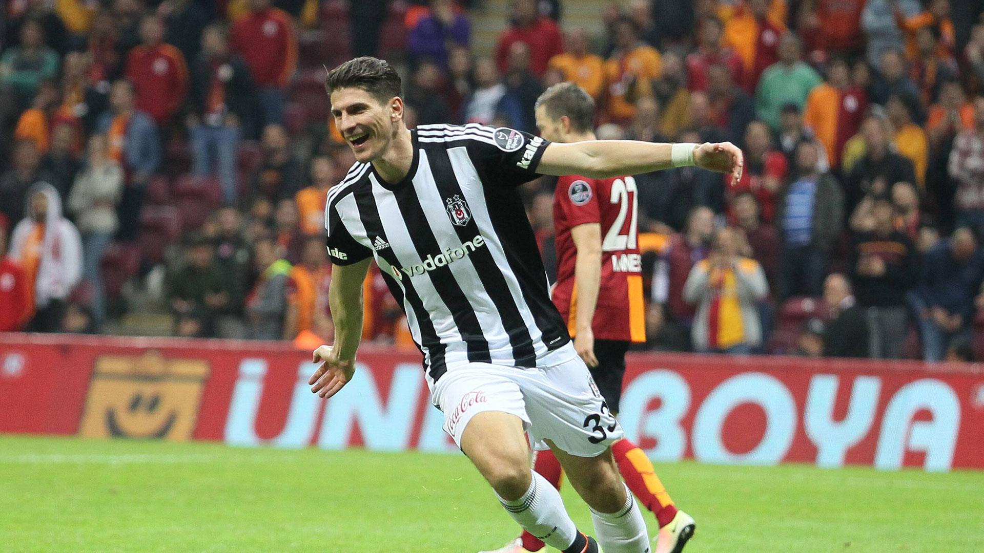 Gomez Besiktas