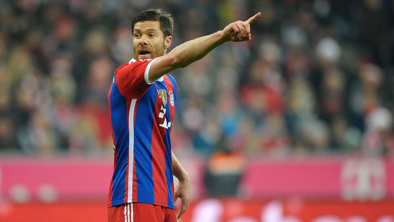 Xabi Alonso FC Bayern München 06122014