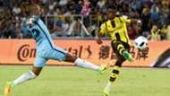 Fernandinho Ousmane Dembele Borussia Dortmund Manchester City 28072016