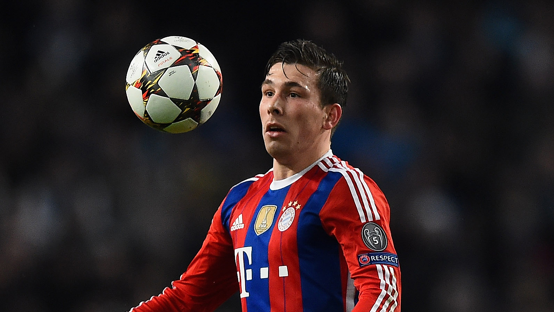 Pierre-Emile Hojbjerg FC Bayer Champions League 11252014