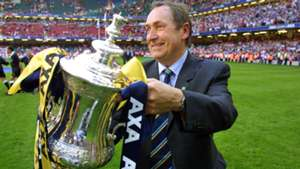 Gerard Houllier Liverpool Arsenal FA Cup 05122001