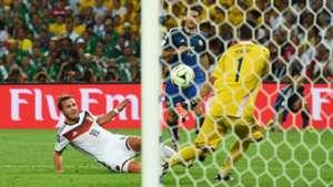 Mario Goetze Sergio Romero Germany v Argentina: 2014 FIFA World Cup Brazil Final 07132014