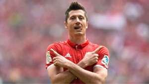 Robert Lewandowski Bayern München FC Augsburg Bundesliga 01042017