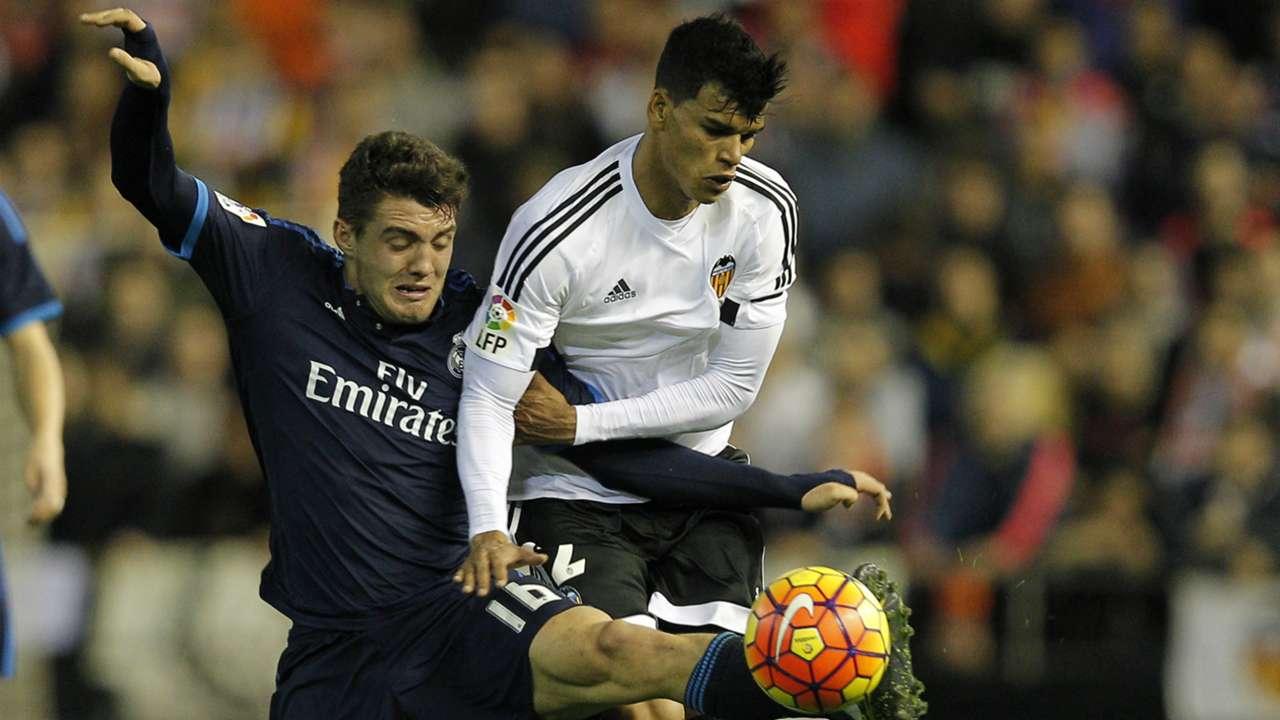 Kovacic Danilo Barbosa Valencia Real Madrid La Liga 01032016