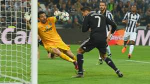 Cristiano Ronaldo Gianluigi Buffon Juventus Real Madrid Champions League 05052015