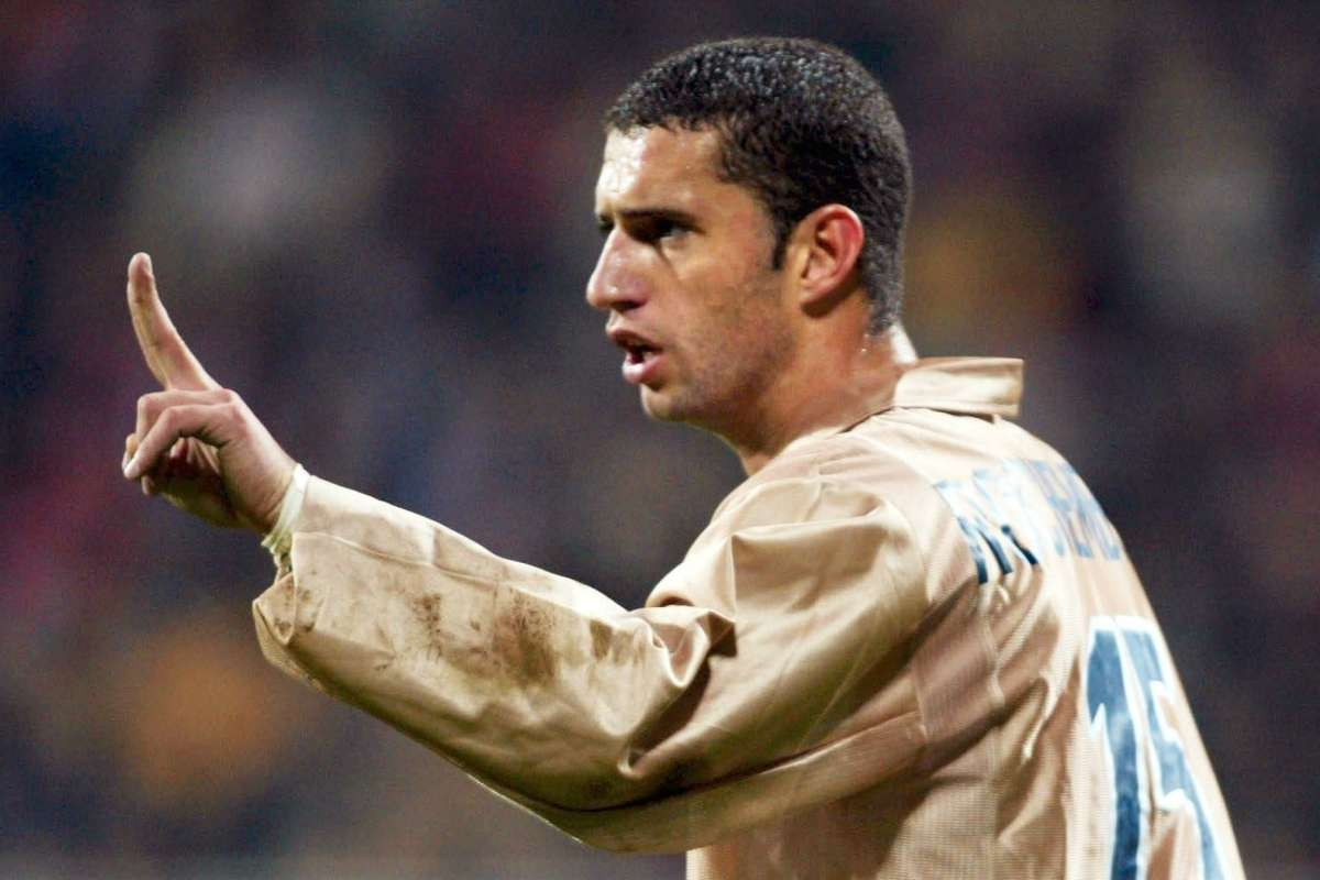 Ex-Barcelona man Fabio Rochemback arrested on cockfight charges | Goal.com