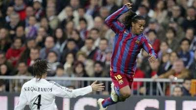 Ronaldinho Sergio Ramos Real Madrid Barcelona 11192005