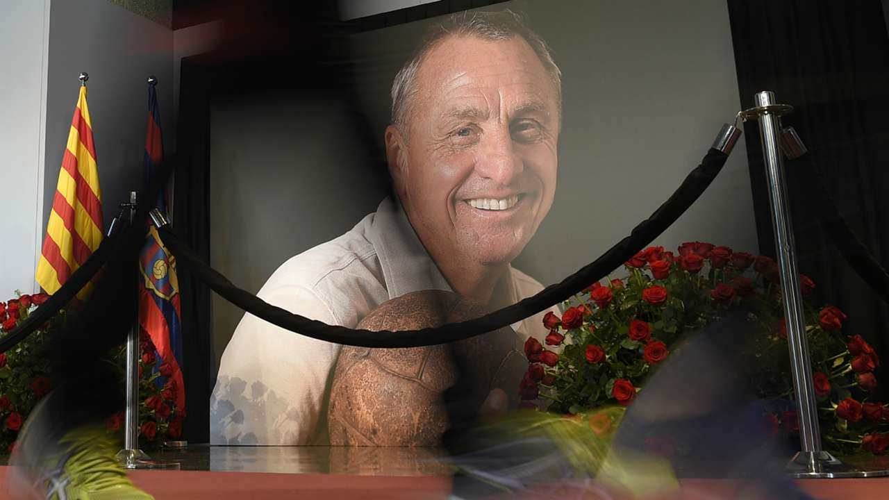 Goodbye to Johan Cruyff at Camp Nou