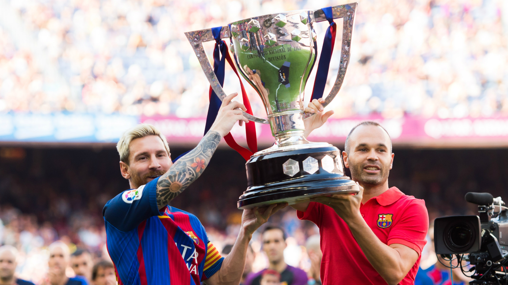 Giggs' trophy haul and other records Lionel Messi missed out at Barcelona
