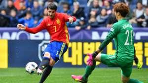 Alvaro Morata Kim Jin-Hyeon Spain Korea Friendly 01062016