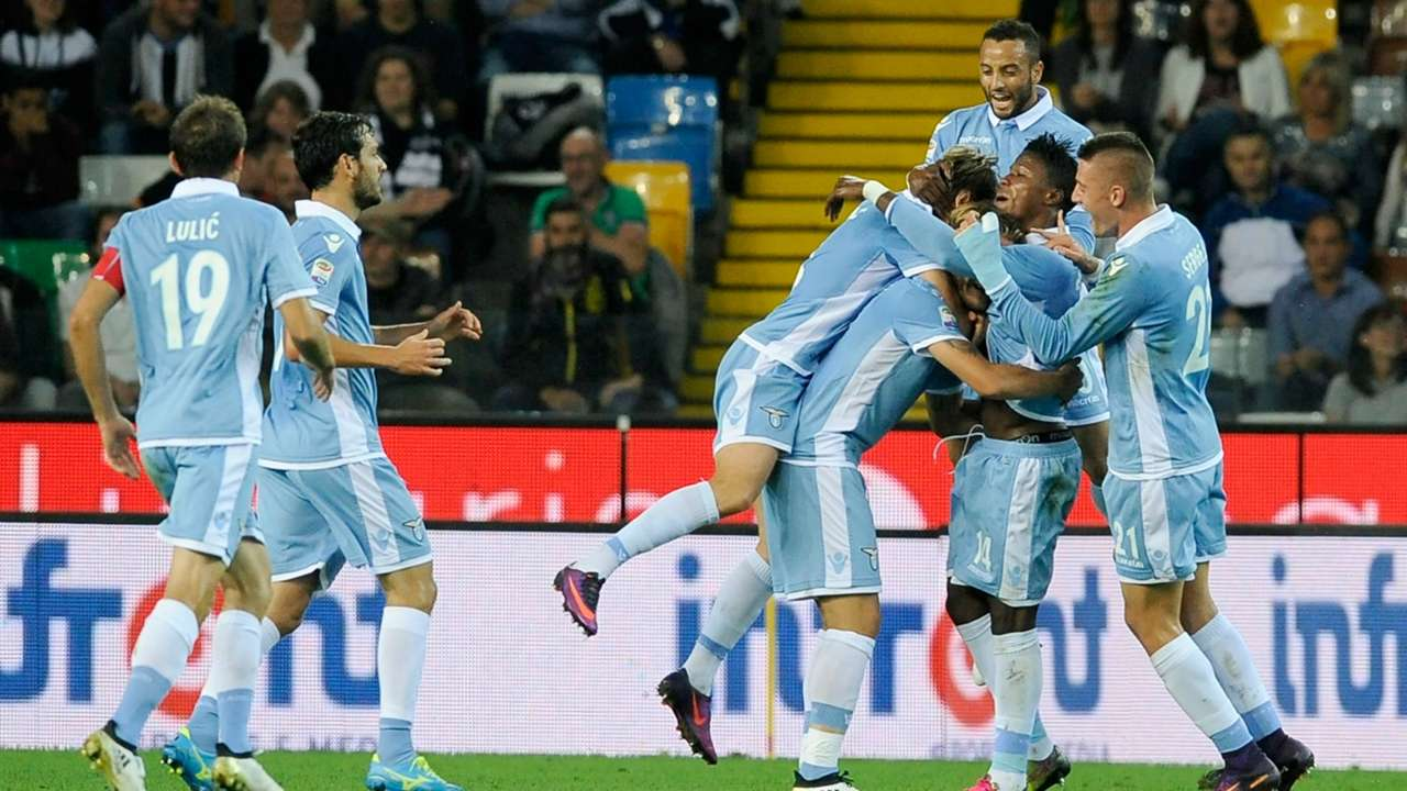 Lazio players celebrate Keita scoring against Udinese Serie A 01102016