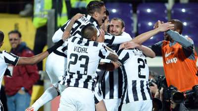 Juventus celebrating vs Fiorentina