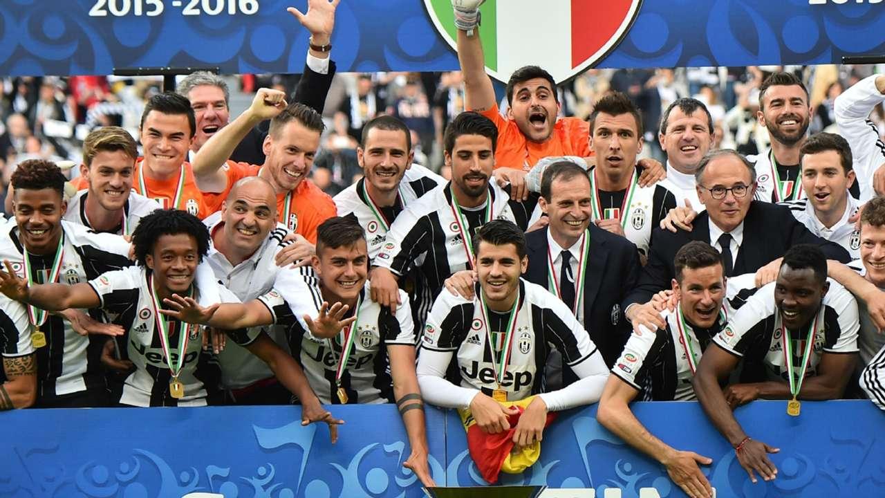 Juventus celebrate Scudetto