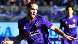 Mario Suarez Fiorentina Serie A