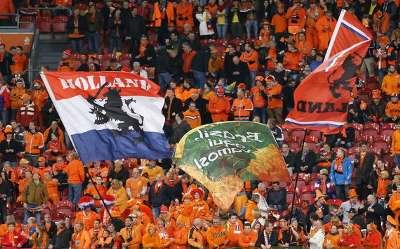Netherlands fans Oranje-fans Nederlands elftal 11202013