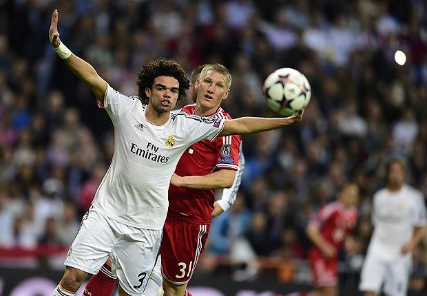 El alemán Bastian Schweinsteiger anunció su retiro del fútbol